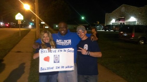 O'Fallon protesters in support of Darren Wilson. - RAY DOWNS