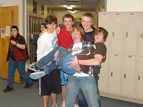 High school sagging! - VIA