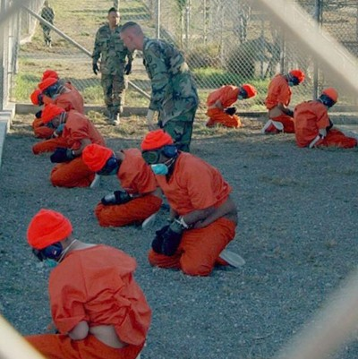 599px_Camp_x_ray_detainees.jpg