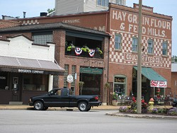 Adorable downtown Kirkwood - FLICKR.COM/PHOTOS/LOLOLOLORI