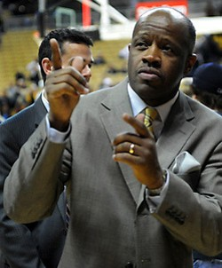 Mike Anderson: Playin' the game; makin' it rain. - LIVEWIRE.MISSOURI.EDU