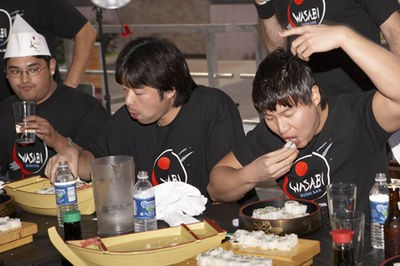 sushi_eating_contest_at_st_louis_wasabi_festival_9_21_08.2562566.36.jpg