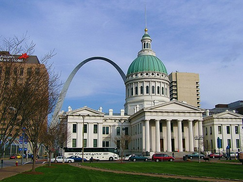 OK, St. Louis. In 2014, let's be nicer to transplants and dogs, agreed? - NORTHFIELDER VIA FLICKR