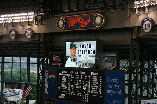 Gallardo pitched eight innings and scored the Brewers only run when he homered. The Brewers beat the Pirates 1-0. - PHOTO: COMPUJERAMEY VIA FLICKR