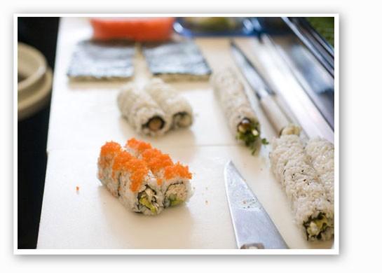 Prepping rolls at Cafe Mochi. | Jennifer Silverberg