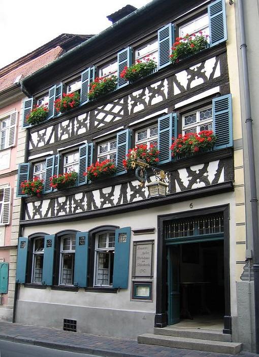 "A Bamberg pub - USER ""ASIO OTUS,"" WIKIMEDIA COMMONS"