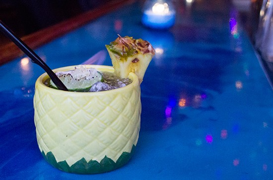 """Taha'a Twisted Tiki's """"Pineapple Punisher."""" - PHOTOS BY MABEL SUEN"""