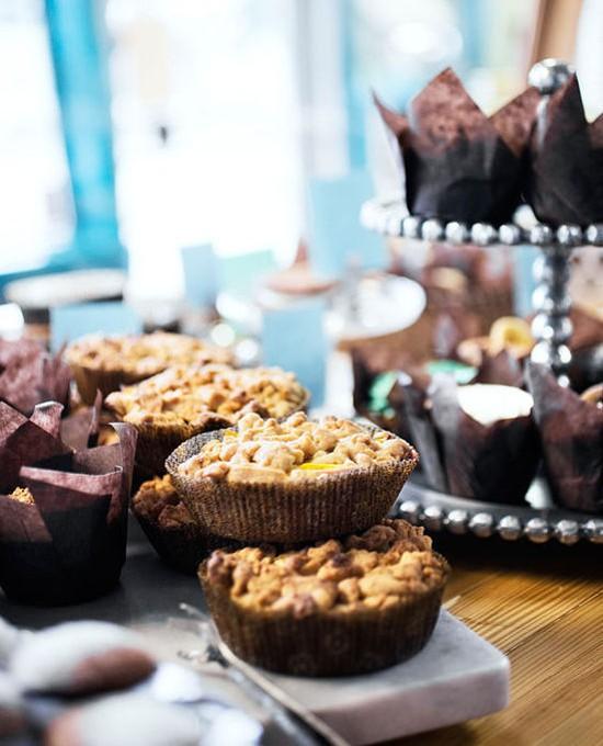 "Pint Size's ""Brown Suga"" crumb cake with local peaches - JENNIFER SILVERBERG"