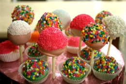 The Cakery's Cake Pops - CHRISSY WILMES