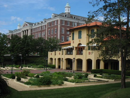 Culinary Institute of America in Hyde Park, NY. Roth Hall (left) and Colavita Center for Italian Food and Wine. - WIKIMEDIA COMMONS