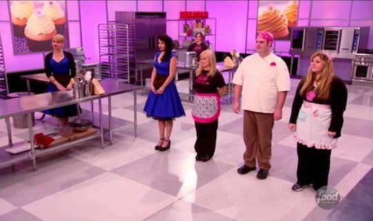 Competitors on Season 8 Episode 5 of Cupcake Wars. | Food Network