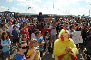 A scene from last year's Midwest Wingfest - IMAGE VIA