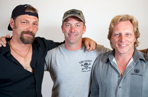 Captains Johnathan and Andy Hillstrand with Sig Hansen - IMAGE VIA