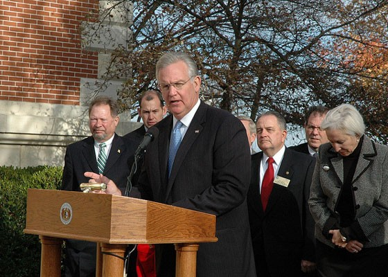 Jay Nixon not eating beef brisket at the Governor's Mansion.   Missouri News Horizon