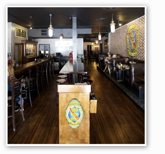 Inside Three Kings Public House in the Loop. | Jennifer Silverberg