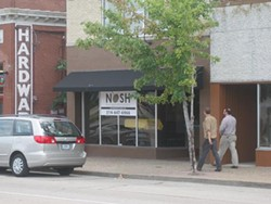 Nosh, the neighborhood bistro, in Maplewood - IAN FROEB