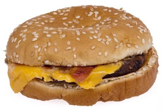 Burger_King_Bacon_Cheeseburger_2.jpeg