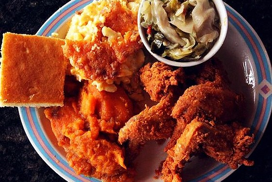 THE FRIED CHICKEN MEAL AT SWEETIE PIE'S. | SARAH RUSNAK