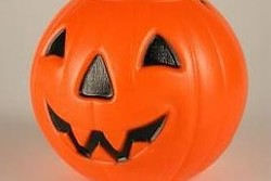 halloweenbucket.jpg