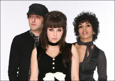 the_ettes_thumb_400x282.jpg