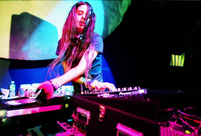 San Francisco breakbeat whiz kid Lorin Ashton aka Bassnectar will be slangin' that ill shit on April 9 at the Pageant.