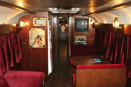 Willie Nelson S Old Tour Bus Is For Sale On Craigslist