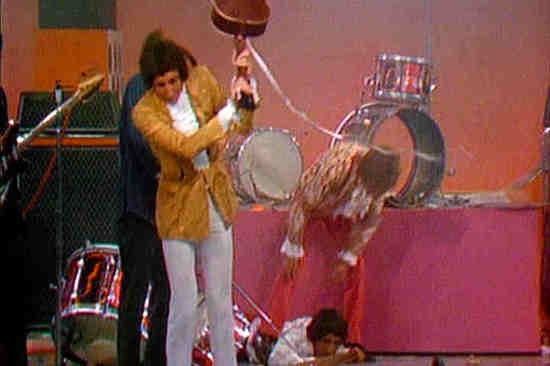 "The Who wraps up ""My Generation"" on The Smothers Brothers Comedy Hour in 1967."