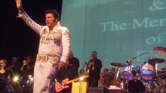 Steve Davis waves from the stage at last year's concert. - ALLISON BABKA
