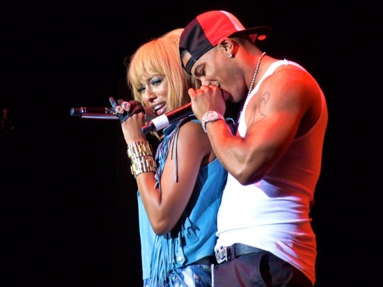 NELLY MAKES A GUEST APPEARANCE TO SNUGGLE WITH KERI HILSON. PHOTO BY KIERNAN MALETSKY