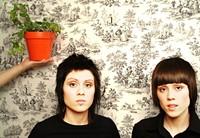Tegan_and_Sara_Press_Photo.jpg
