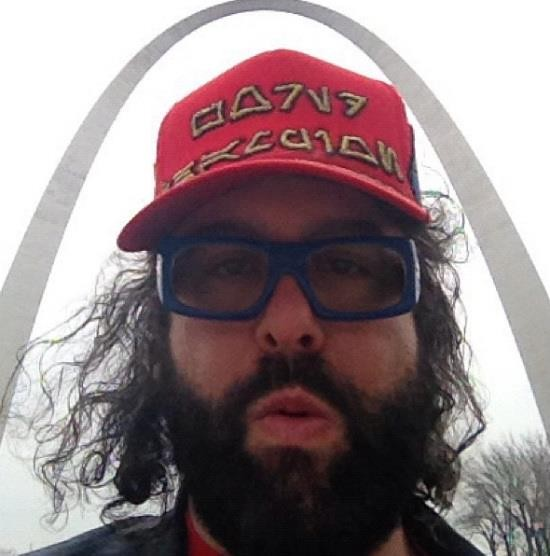 Friedlander at the Arch
