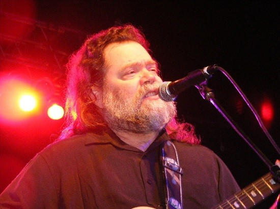 Roky Erickson performing at Austin Music Awards in 2008. - RON BAKER