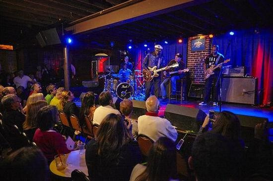 Berry's band consists of Keith Robinson on drums; Jim Marsala on bass; Charles Berry Jr. on guitar; Bob Lohr on keyboards; and Ingrid Berry-Clay on vocals.