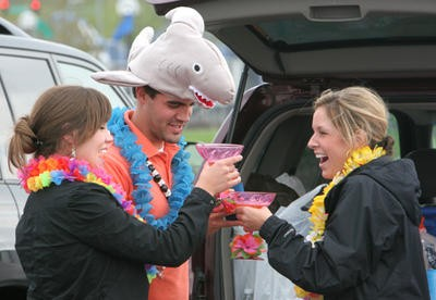 You have over two months to train for tailgating at Jimmy Buffett. Fans in 2008. More scenes from that show. - LYLE WHITWORTH