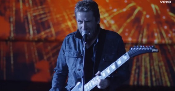 Chad Kroeger of Nickelback is making that face because he's thinking really hard about Ferguson. - SCREENSHOT FROM THE VIDEO SHOWN BELOW.
