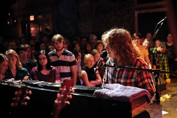 Ben Kweller at the piano, at Off Broadway - JASON STOFF