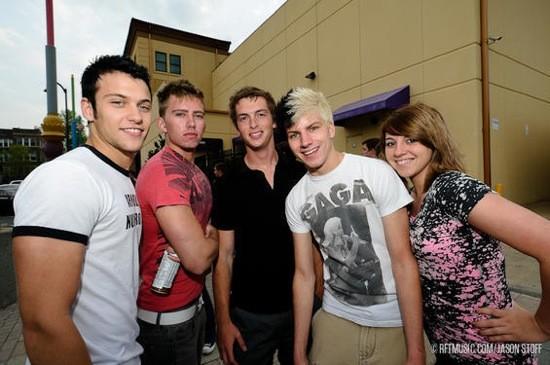 Kyle Niehaus, Jorden Eyermann, Zach Zervas, Justin Gross and Ashley Gross came in from Arnold, MO for the show.