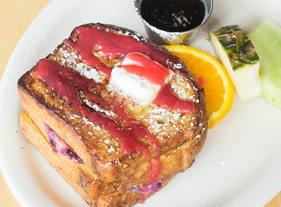 Stuffed berry french toast. | Photos by Mabel Suen