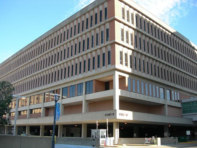 St. Louis County Circuit Court. - IMAGE VIA FLICKR/AUVET