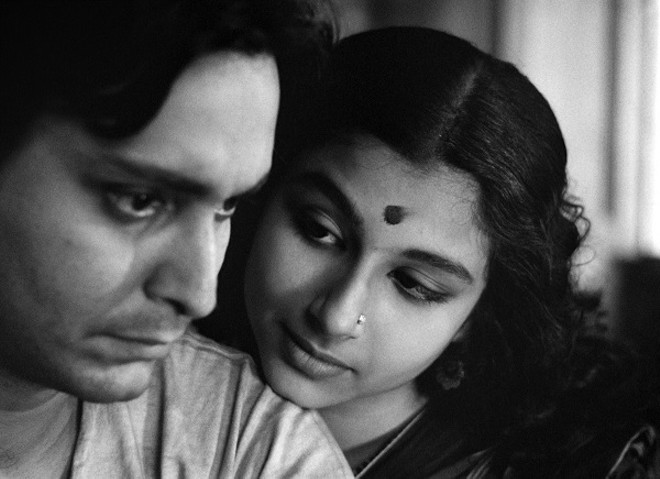 Soumitra Chatterjee as Apu, Sharmila Tagore as Aparna (Apu's wife) in Apur Sansara. - COURTESY JANUS FILMS