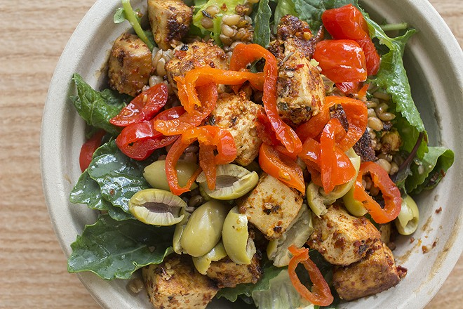 Romaine, kale, Italian vinaigrette, farro, spicy tofu, sweet peppers and green olives. - PHOTO BY MABEL SUEN
