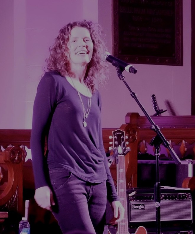 Edie Brickell at St. David's Historic Sanctuary - DANA PLONKA