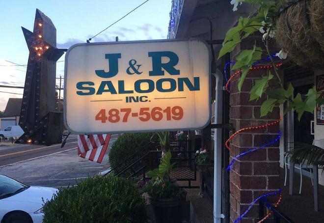 J & R Saloon now houses Memoreze. - PHOTO BY CHERYL BAEHR
