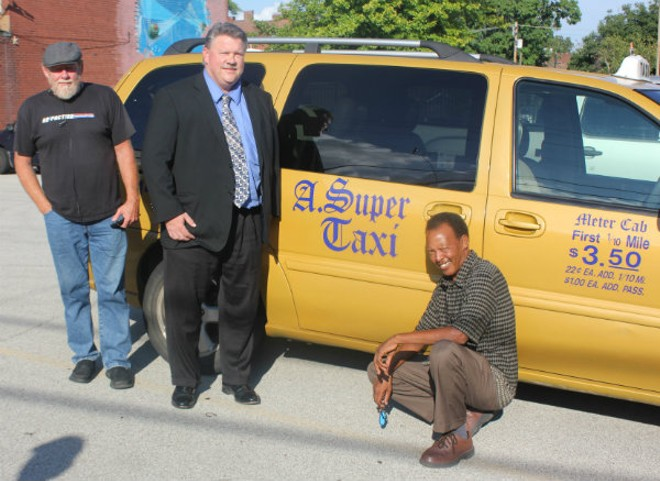 St Louis Taxi >> New St Louis Cab Co A Super Taxi Is Taking On Uber And