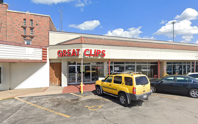 The Great Clips location at 1864 South Glenstone Avenue in Springfield is the site where two hairstylists who tested positive for COVID-19 potentially exposed some 140 customers. - VIA GOOGLE MAPS