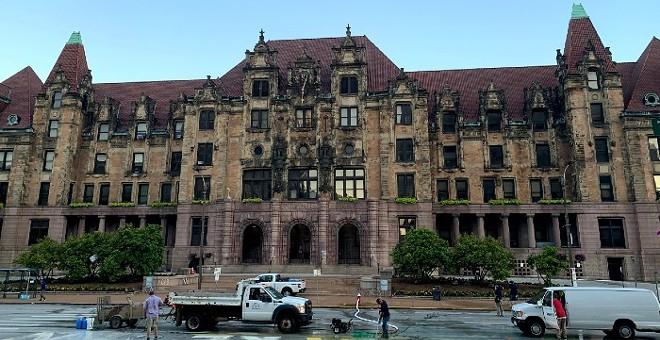 St. Louis City Hall. - DOYLE MURPHY