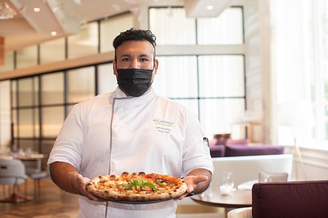 Pizza chef Jeff Mondaca. - MABEL SUEN