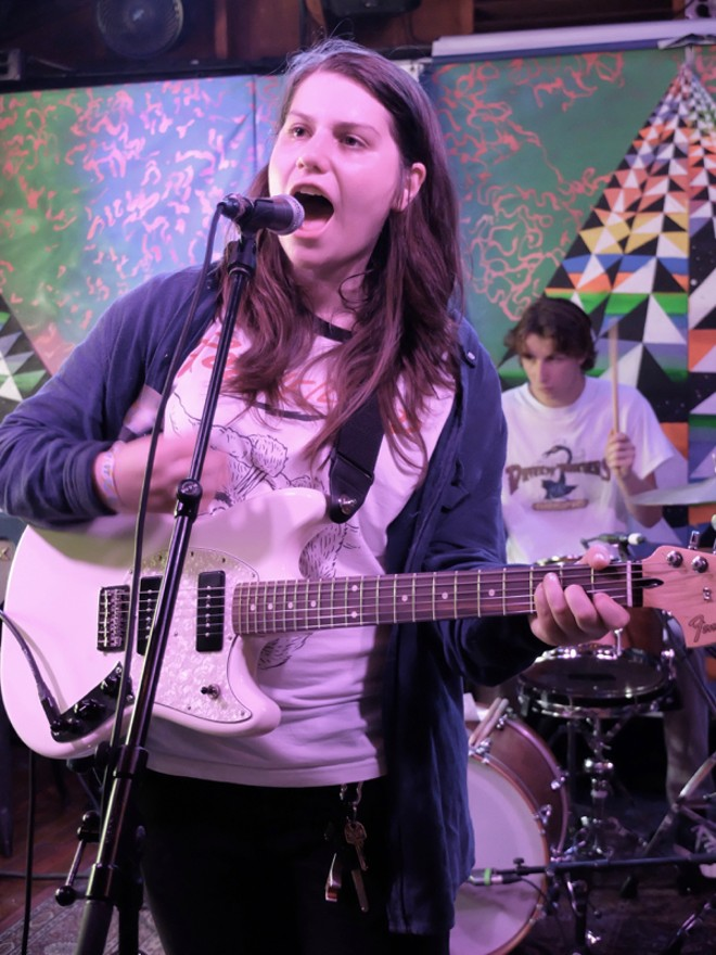 Alex Lahey at Cheer Up Charlies - DANA PLONKA