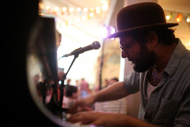 Ethan Leinwand ticklin' the ivories. - PHOTO BY JACK HIRSCHORN