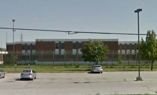 Inmates in the St. Louis are begging for help from the heat. - IMAGE VIA GOOGLE